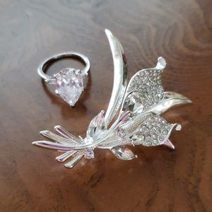 Napier Brooch+Ring  Silver Tone Cala Lily Bundle